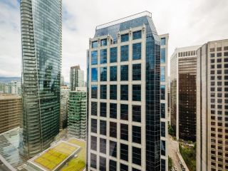"""Photo 20: 2504 1111 ALBERNI Street in Vancouver: West End VW Condo for sale in """"Shangri-La"""" (Vancouver West)  : MLS®# R2602921"""