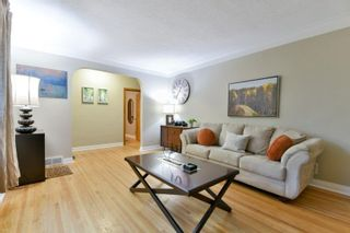 Photo 3: 48 Kingswood Avenue in Winnipeg: St Vital Residential for sale (2D)  : MLS®# 202016500