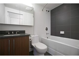 """Photo 11: 611 250 E 6TH Avenue in Vancouver: Mount Pleasant VE Condo for sale in """"THE DISTRICT"""" (Vancouver East)  : MLS®# V1025038"""