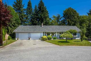 "Photo 1: 1524 CYPRESS Way in Gibsons: Gibsons & Area House for sale in ""WOODCREEK"" (Sunshine Coast)  : MLS®# R2493228"