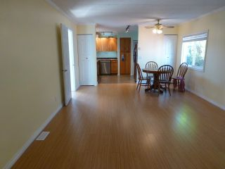 """Photo 4: 141 3665 244 Street in Langley: Otter District Manufactured Home for sale in """"LANGLEY GROVE ESTATES"""" : MLS®# R2190919"""