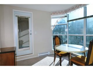 """Photo 12: 203 12148 224TH Street in Maple Ridge: East Central Condo for sale in """"THE PANORAMA BY E.C.R.A."""" : MLS®# V1045485"""