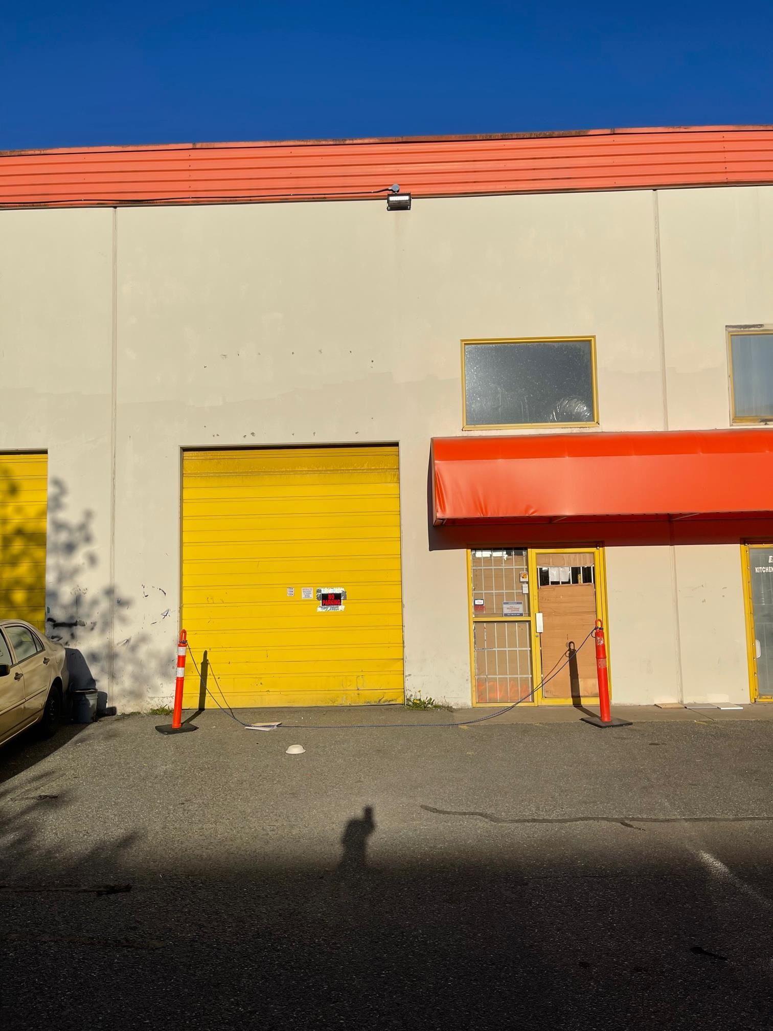 Main Photo: 119 12465 82 Avenue in Surrey: Queen Mary Park Surrey Industrial for sale : MLS®# C8040268