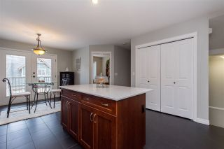 """Photo 7: 9 46840 RUSSELL Road in Sardis: Promontory Townhouse for sale in """"TIMBER RIDGE"""" : MLS®# R2443853"""