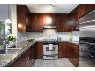 """Photo 7: 207 1551 FOSTER Street: White Rock Condo for sale in """"SUSSEX HOUSE"""" (South Surrey White Rock)  : MLS®# R2615231"""