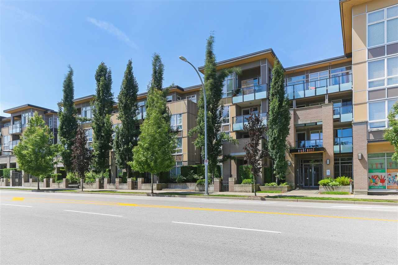 """Main Photo: 301 55 EIGHTH Avenue in New Westminster: GlenBrooke North Condo for sale in """"Eight West"""" : MLS®# R2377360"""