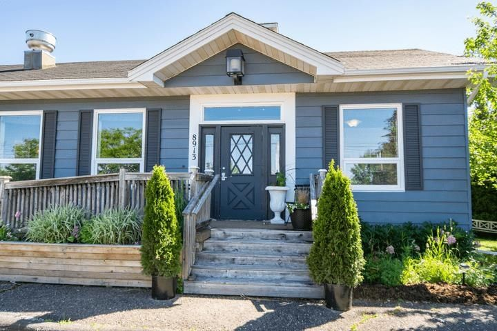 Main Photo: 8913 Highway 215 in Maitland: 105-East Hants/Colchester West Residential for sale (Halifax-Dartmouth)  : MLS®# 202117304