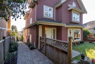 Photo 2: 2526 SE MARINE Drive in Vancouver: South Marine House for sale (Vancouver East)  : MLS®# R2556122