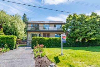 """Photo 3: 4492 NW MARINE Drive in Vancouver: Point Grey House for sale in """"Point Grey"""" (Vancouver West)  : MLS®# R2463689"""
