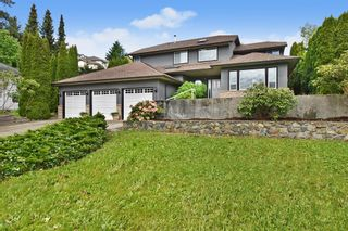 """Photo 1: 2237 MOUNTAIN Drive in Abbotsford: Abbotsford East House for sale in """"Mountain Village"""" : MLS®# R2577486"""