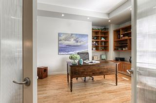 Photo 4: 2306 3 Avenue NW in Calgary: West Hillhurst Detached for sale : MLS®# A1100228