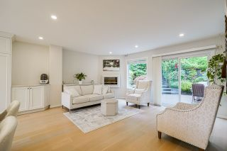 Photo 3: 634 THURSTON Terrace in Port Moody: North Shore Pt Moody House for sale : MLS®# R2509986