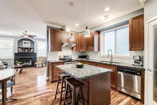 Photo 3: 503 17 Avenue NW in Calgary: Mount Pleasant Semi Detached for sale : MLS®# A1122825