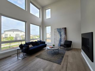 Photo 3: 209 Cherrywood Road in Winnipeg: Bridgwater Trails Residential for sale (1R)  : MLS®# 202023529