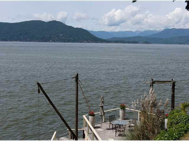 "Photo 2: Photos: 8015 PASCO Road in West Vancouver: Howe Sound House for sale in ""PASCO ESTATES"" : MLS®# V1099779"