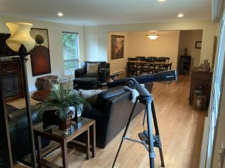 "Photo 8: 5065 1ST Avenue in Delta: Pebble Hill House for sale in ""ENGLISH BLUFF - TSAWWASSEN BEACH"" (Tsawwassen)  : MLS®# R2560136"