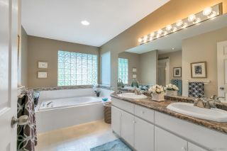 """Photo 13: 15003 SEMIAHMOO Place in Surrey: Sunnyside Park Surrey House for sale in """"SEMIAHMOO WYND"""" (South Surrey White Rock)  : MLS®# R2288151"""