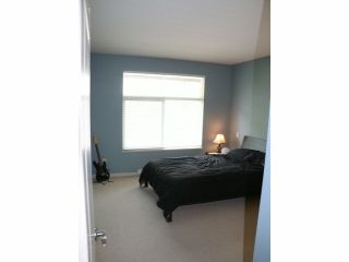 "Photo 17: 401 33328 E BOURQUIN Crescent in Abbotsford: Central Abbotsford Condo for sale in ""NATURES GATE"" : MLS®# F1430501"