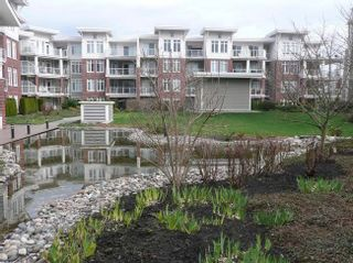 Photo 2: 134 4280 Moncton Street in Richmond: Steveston South Home for sale ()  : MLS®# V859452