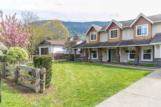 "Photo 3: 42302 KNOX Avenue: Yarrow House for sale in ""YARROW"" : MLS®# R2054781"