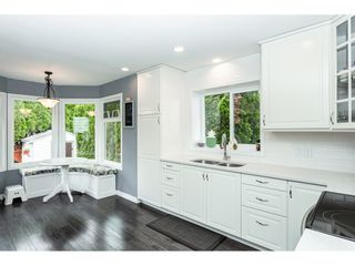 """Photo 5: 35443 LETHBRIDGE Drive in Abbotsford: Abbotsford East House for sale in """"Sandyhill"""" : MLS®# R2378218"""