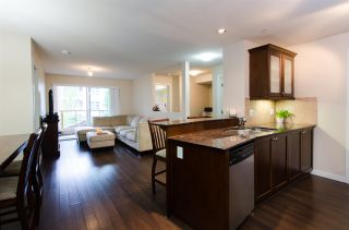 """Photo 2: 209 1969 WESTMINSTER Avenue in Port Coquitlam: Glenwood PQ Condo for sale in """"THE SAPHIRE"""" : MLS®# R2118876"""