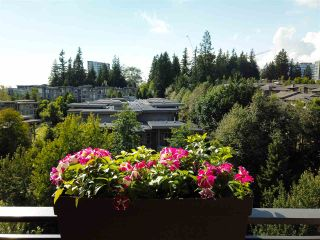 """Photo 15: 700 9300 UNIVERSITY Crescent in Burnaby: Simon Fraser Univer. Condo for sale in """"ONE UNIVERSITY"""" (Burnaby North)  : MLS®# R2479456"""