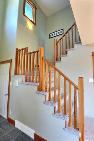 Photo 10: 18 Turner Place in Prince Albert: Crescent Acres Residential for sale : MLS®# SK857096