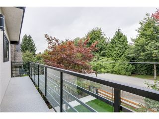"""Photo 5: 2116 E 19TH Avenue in Vancouver: Grandview VE House for sale in """"TROUT LAKE"""" (Vancouver East)  : MLS®# V1088233"""