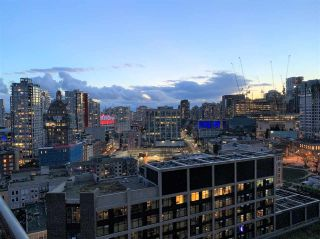 """Photo 30: 2008 108 W CORDOVA Street in Vancouver: Downtown VW Condo for sale in """"WOODWARDS"""" (Vancouver West)  : MLS®# R2537299"""