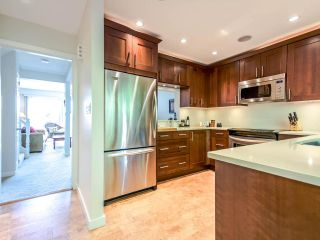 """Photo 4: 1036 LILLOOET Road in North Vancouver: Lynnmour Townhouse for sale in """"Lillooet Place"""" : MLS®# R2061243"""