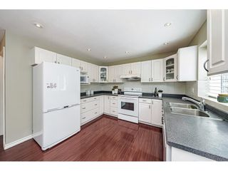 """Photo 16: 3668 155 Street in Surrey: Morgan Creek House for sale in """"Rosemary Heights"""" (South Surrey White Rock)  : MLS®# R2602804"""