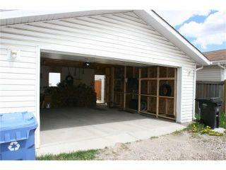 Photo 13: 416 MT ABERDEEN Close SE in Calgary: McKenzie Lake House for sale : MLS®# C4116988