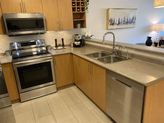 """Photo 7: 112 3142 ST JOHNS Street in Port Moody: Port Moody Centre Condo for sale in """"Sonrisa"""" : MLS®# R2561243"""
