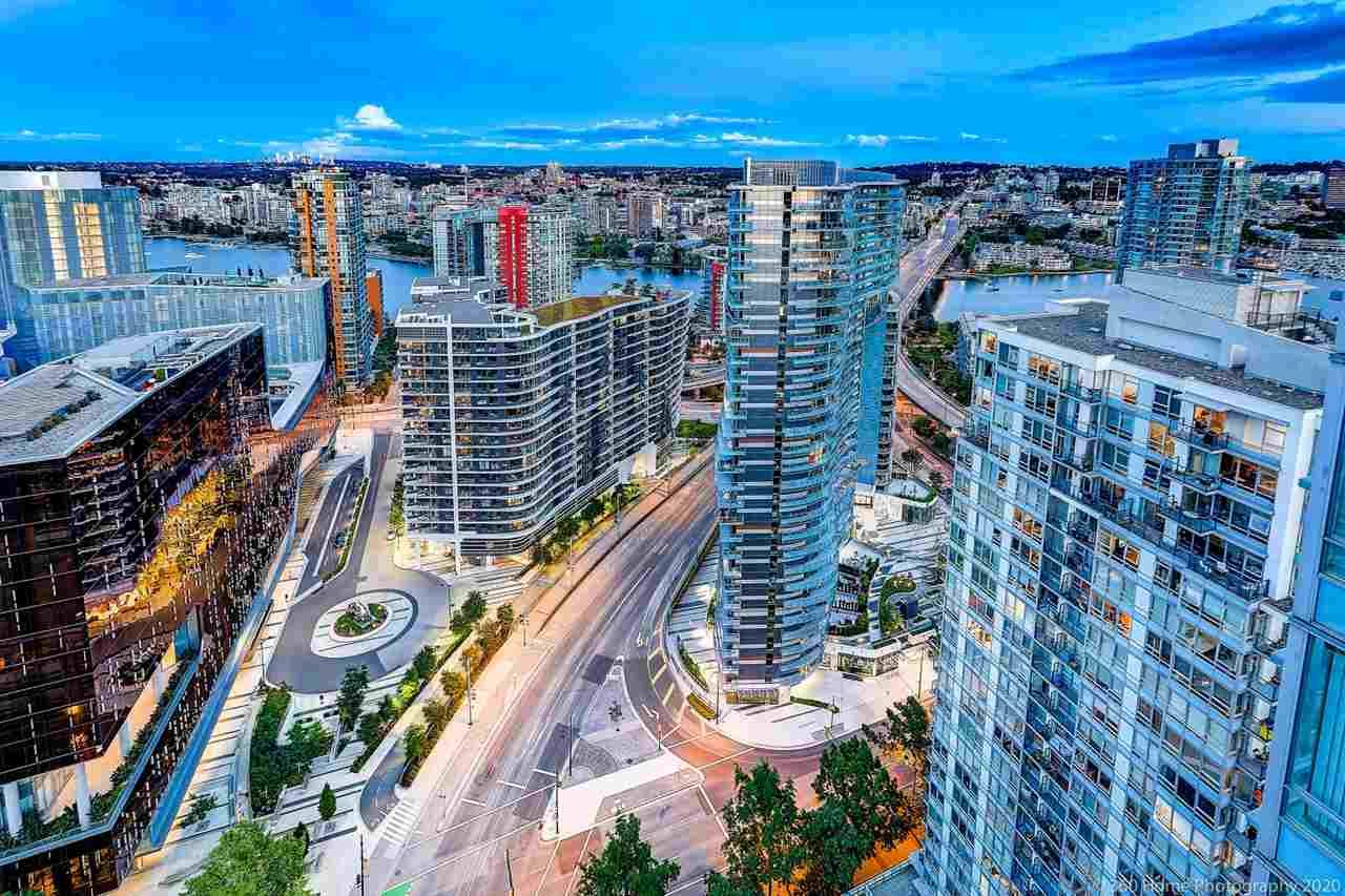 """Main Photo: 3703 928 BEATTY Street in Vancouver: Yaletown Condo for sale in """"THE MAX"""" (Vancouver West)  : MLS®# R2566560"""