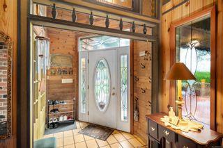 Photo 3: 3580 Cedar Hill Rd in : SE Cedar Hill House for sale (Saanich East)  : MLS®# 884093