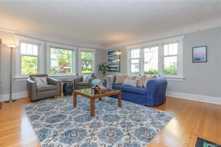 Photo 6: 2372 Zela St in Oak Bay: OB South Oak Bay House for sale : MLS®# 842164