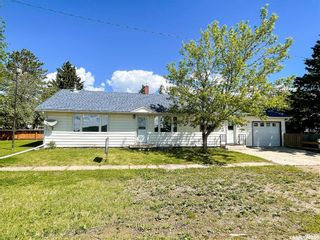 Photo 2: 103 2nd Avenue South in Goodsoil: Residential for sale : MLS®# SK844260
