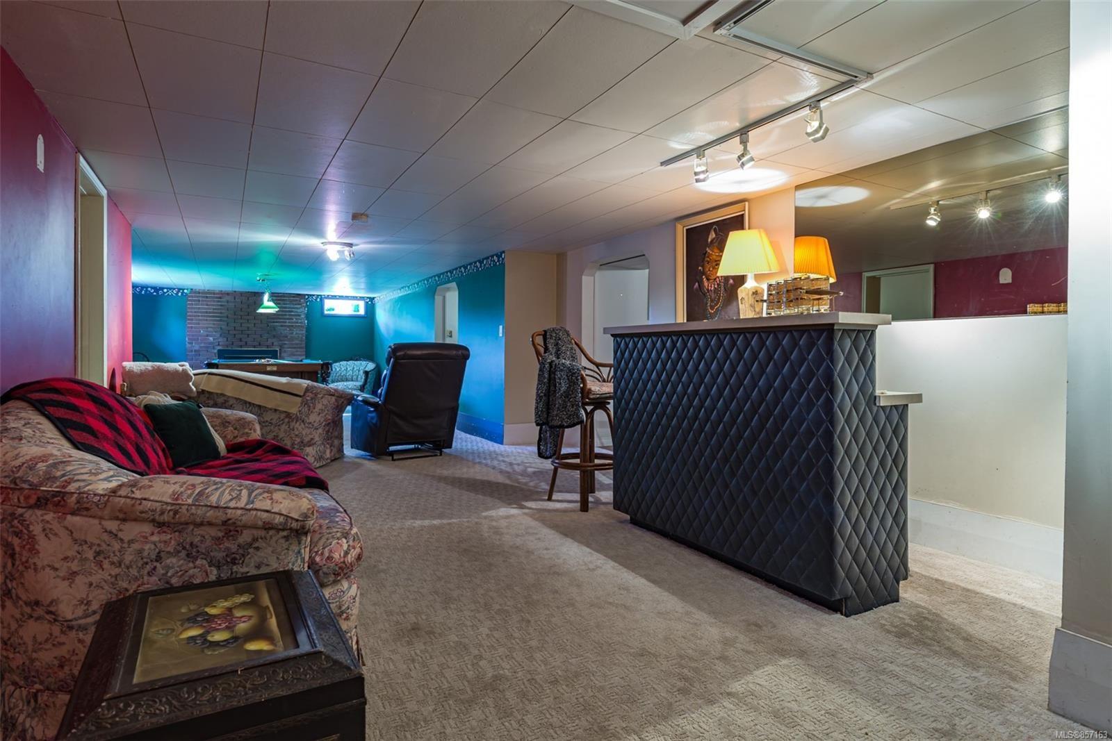 Photo 34: Photos: 4241 Buddington Rd in : CV Courtenay South House for sale (Comox Valley)  : MLS®# 857163