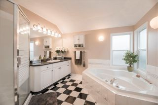 """Photo 21: 5047 215 Street in Langley: Murrayville House for sale in """"Murrayville"""" : MLS®# R2562248"""