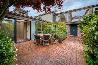 """Photo 6: 3281 POINT GREY Road in Vancouver: Kitsilano House for sale in """"ARTHUR ERIKSON"""" (Vancouver West)  : MLS®# R2580365"""