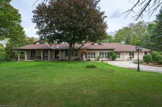 Photo 1: 2648 WOODHULL Road in London: South K Residential for sale (South)  : MLS®# 40166077