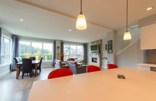 """Photo 8: 40860 THE Crescent in Squamish: University Highlands House for sale in """"University Heights"""" : MLS®# R2120406"""