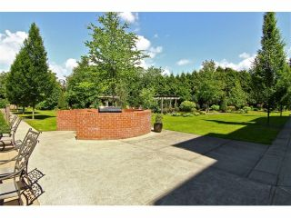 """Photo 18: 301 8880 202ND Street in Langley: Walnut Grove Condo for sale in """"THE RESIDENCES AT VILLAGE SQUARE"""" : MLS®# F1409404"""