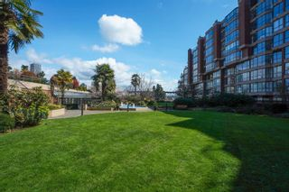 """Photo 25: 311 1450 PENNYFARTHING Drive in Vancouver: False Creek Condo for sale in """"Harbour Cove/False Creek"""" (Vancouver West)  : MLS®# R2618679"""