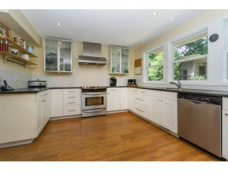 """Photo 11: 12597 20TH Avenue in Surrey: Crescent Bch Ocean Pk. House for sale in """"Ocean Park"""" (South Surrey White Rock)  : MLS®# F1442862"""