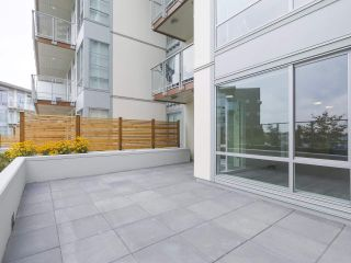 """Photo 12: 104 1768 GILMORE Avenue in Burnaby: Brentwood Park Condo for sale in """"Escala"""" (Burnaby North)  : MLS®# R2398729"""