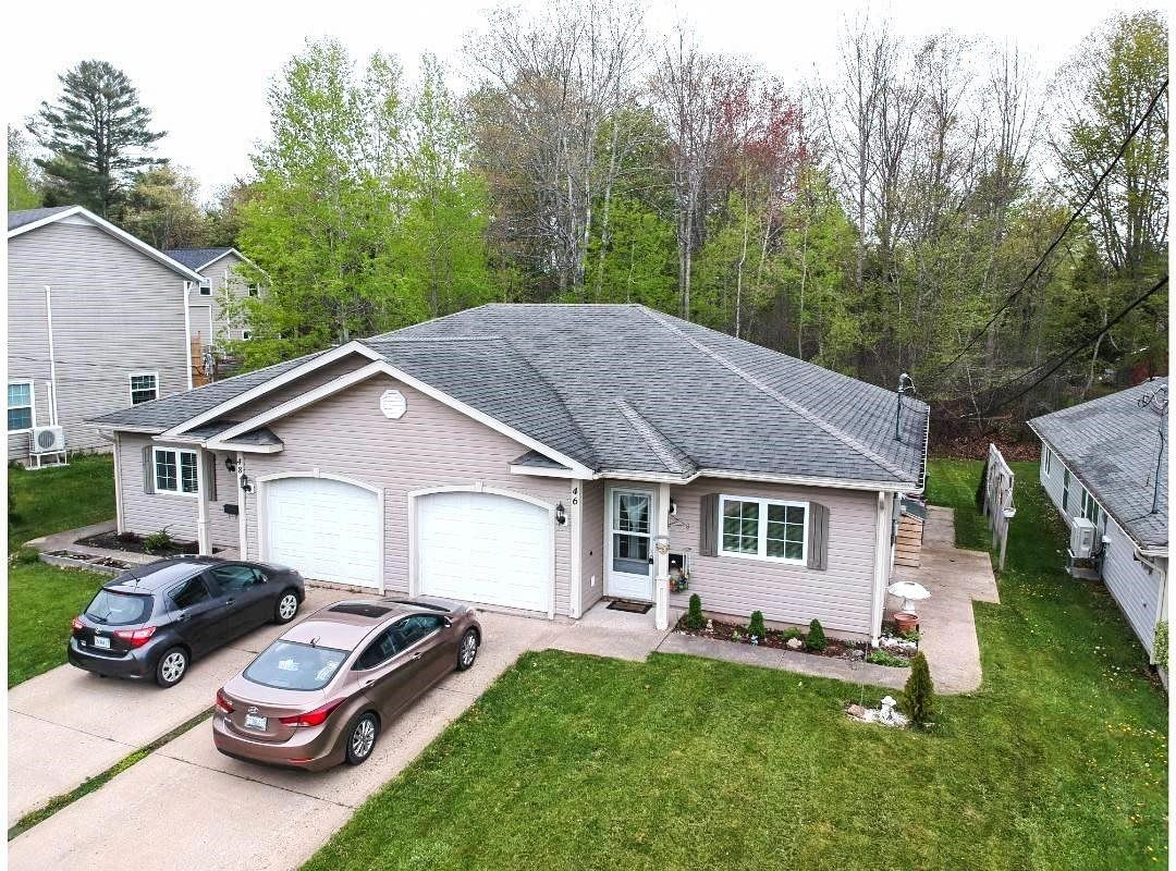 Main Photo: 46-48 King Arthur Court in New Minas: 404-Kings County Multi-Family for sale (Annapolis Valley)  : MLS®# 202112544