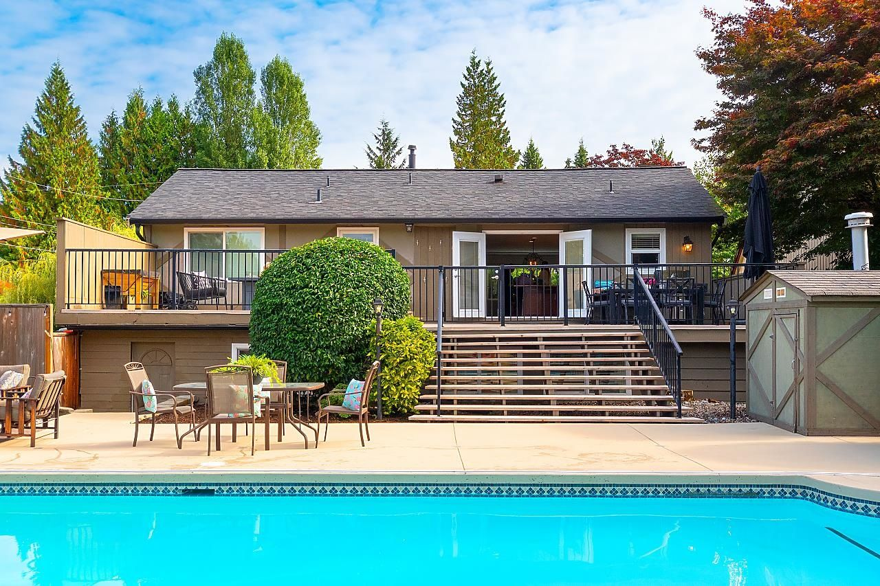 """Main Photo: 2611 VIEWLYNN Drive in North Vancouver: Westlynn House for sale in """"Upper Westlynn"""" : MLS®# R2624843"""