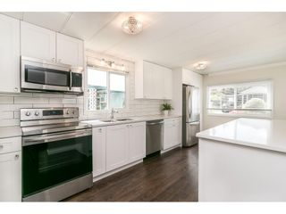 """Photo 17: 251 1840 160 Street in Surrey: King George Corridor Manufactured Home for sale in """"BREAKAWAY BAYS"""" (South Surrey White Rock)  : MLS®# R2574472"""